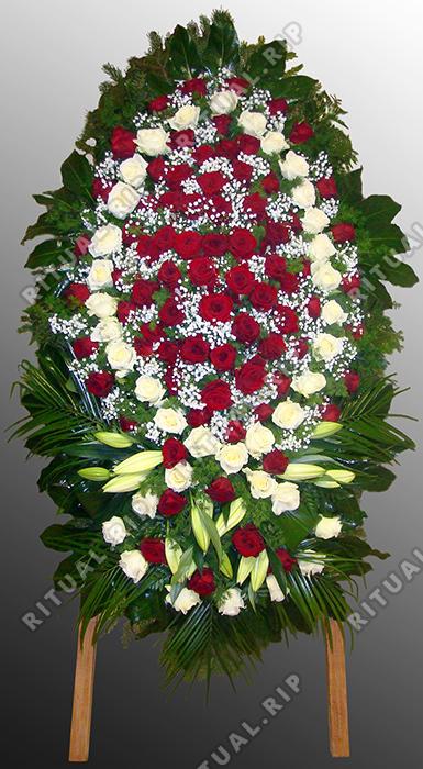 Венок из живых цветов №44