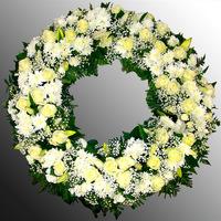 Венок из живых цветов №53