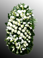 Венок из живых цветов №22