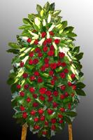 Венок из живых цветов №3
