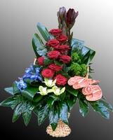 Корзина из живых цветов №39