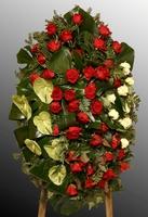 Венок из живых цветов №49