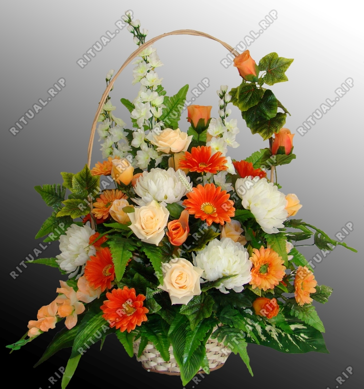 Ритуальная корзина из искусственных цветов №5
