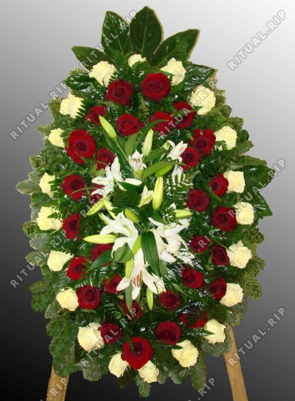 Венок из живых цветов №51
