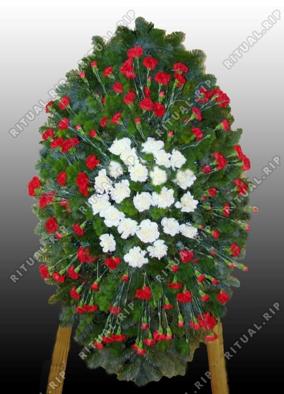 Ритуальный венок из живых цветов №8