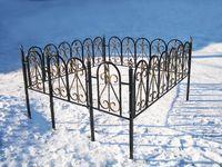 Кованая ограда на могилу Дюна