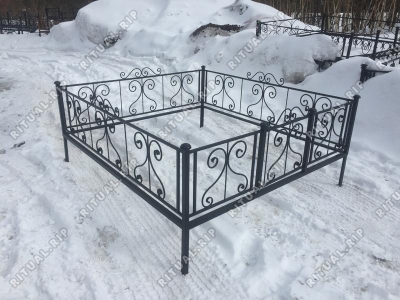 Кованая ограда на могилу Капля цоколь
