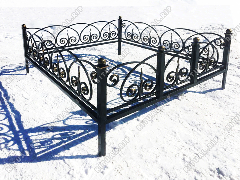 Кованая ограда на могилу Кармен