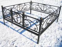 Кованая ограда на могилу Крипта