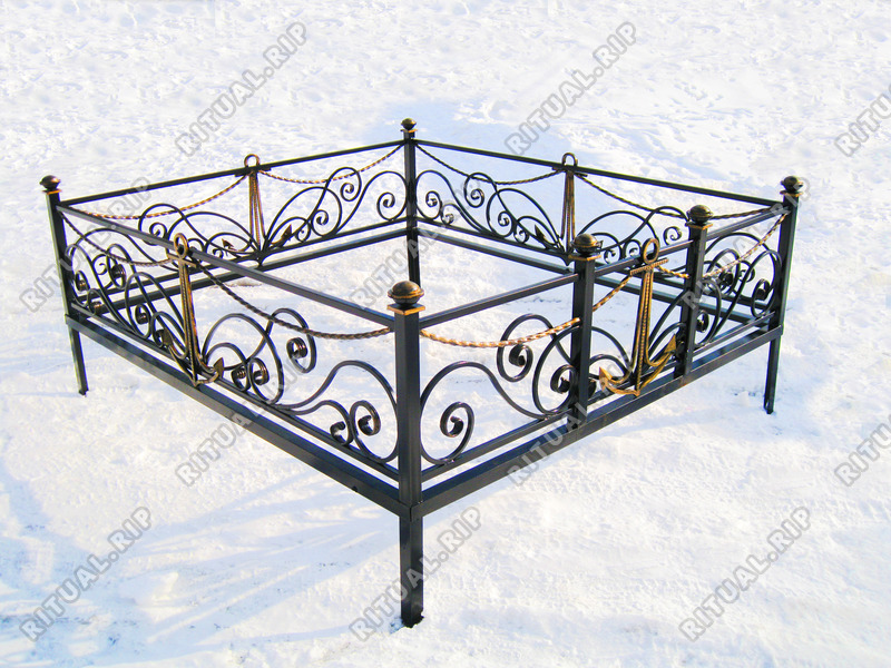 Кованая ограда на могилу Морская