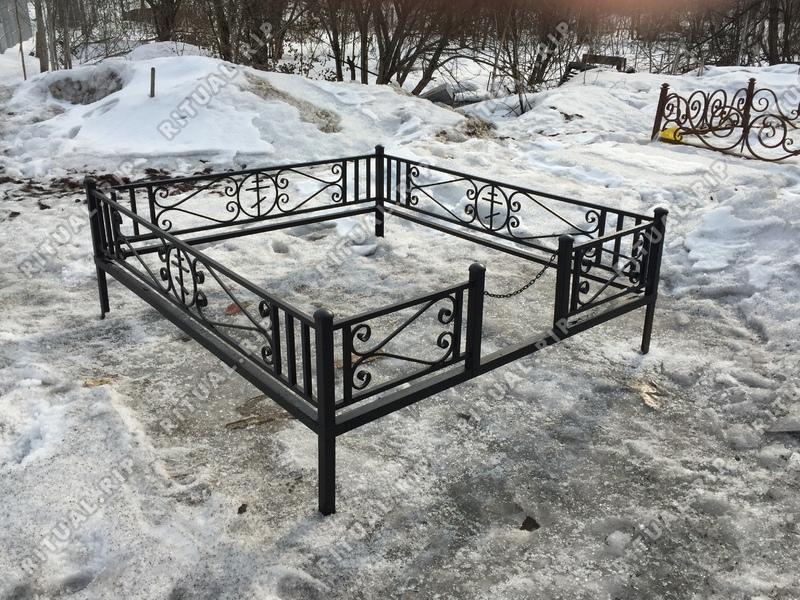 Кованая ограда на могилу Новая крест