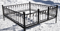 Кованая ограда на могилу Подкова