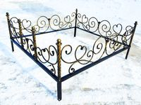 Кованая ограда на могилу Роза