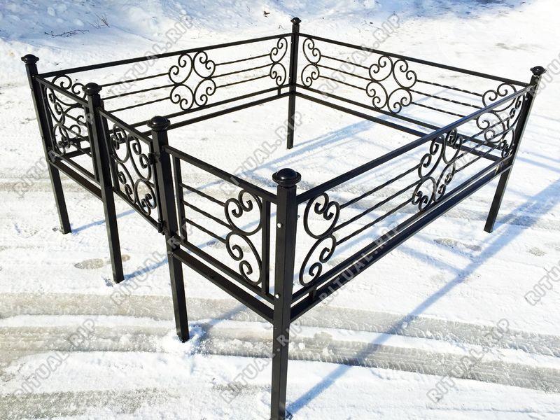 Кованая ограда на могилу Верона