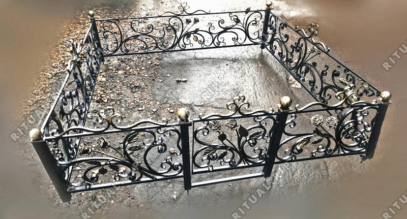 Кованая ограда на могилу Версаль