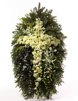 Венок крест из живых цветов №Н9